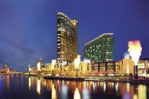 Crown Melbourne to Train 1,000 Workers to Join Local Hospitality Industry